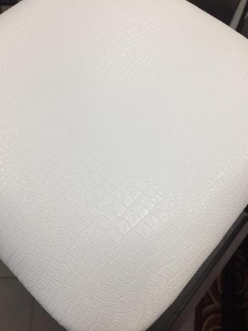 Табурет квадратный, белый