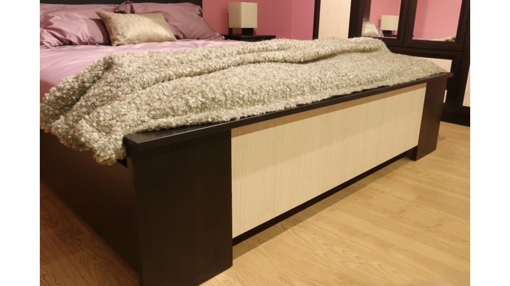 Кровать с мягкой спинкой Юлианна СТЛ.004.10-01